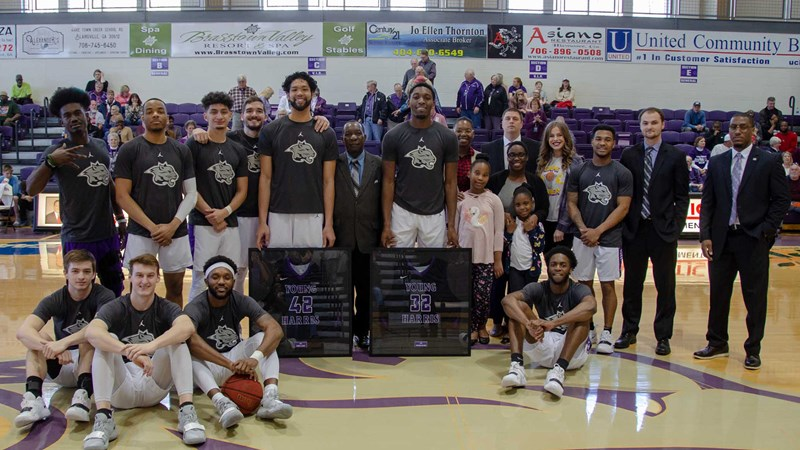 Mountain Lions shine on Senior Day with 90-87 upset over No  6